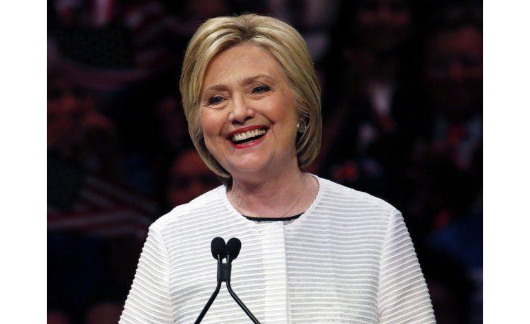 Donald Trump y Hillary Clinton están en guerra en Twitter