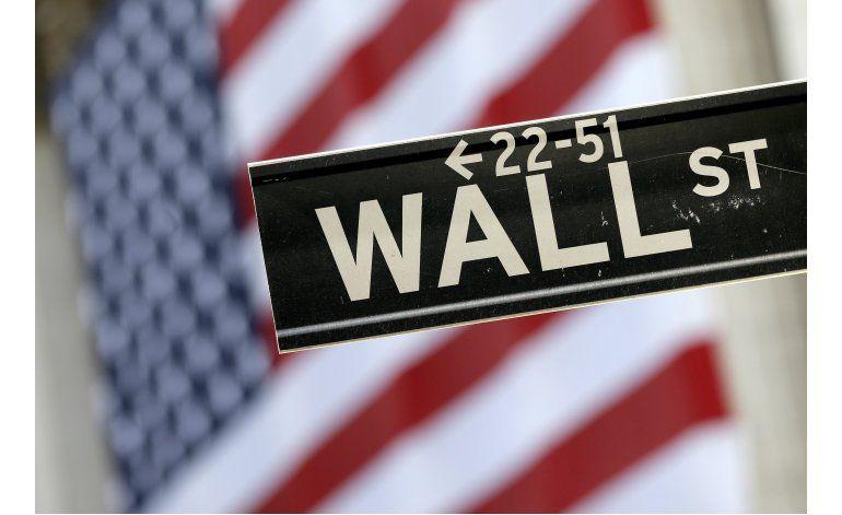 Wall Street retrocede luego de 3 días de ganancias