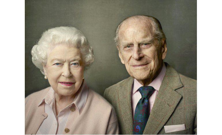 Difunden nuevo retrato de la reina Isabel II por Leibovitz