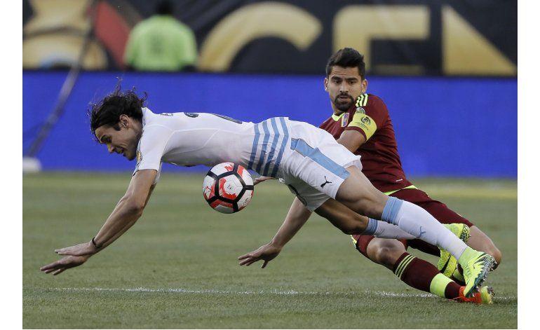 Tabárez contempla el futuro de la selección uruguaya
