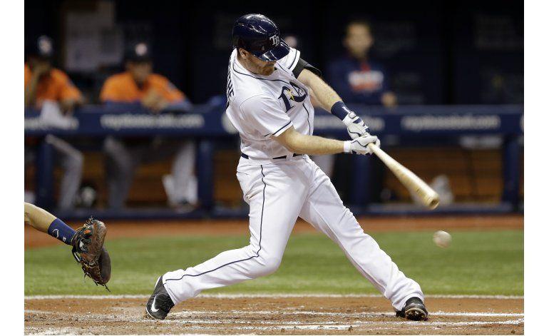 Pearce batea tres hits en triunfo de Rays 4-3 sobre Astros
