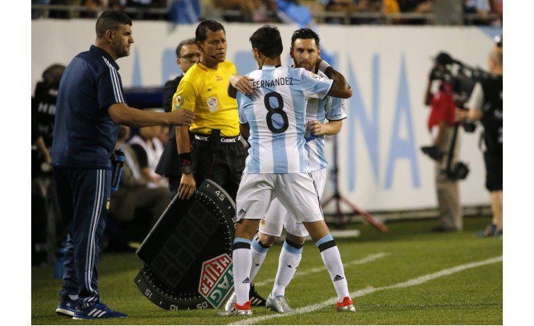 Centenario: Messi, media hora, líder de tabla de goleadores