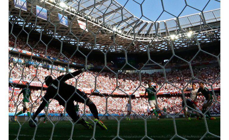 Polonia al fin gana en una Euro: 1-0 ante Irlanda del Norte