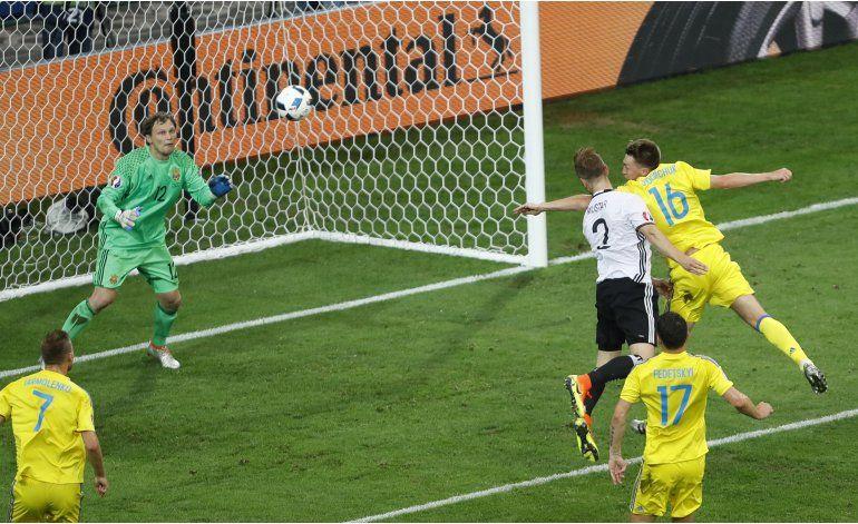 Euro: Alemania impone su jerarquía al vencer 2-0 a Ucrania
