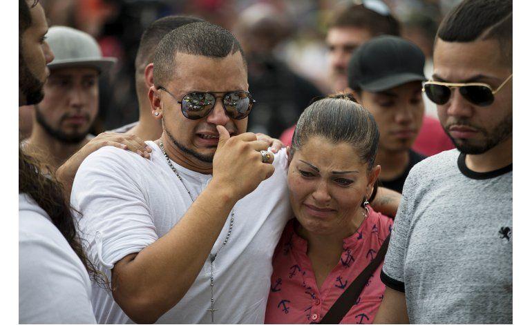 Florida: Sobreviviente siente culpa de no haber fallecido