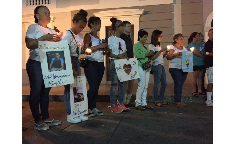 Puerto Rico llora los muertos de masacre en Orlando