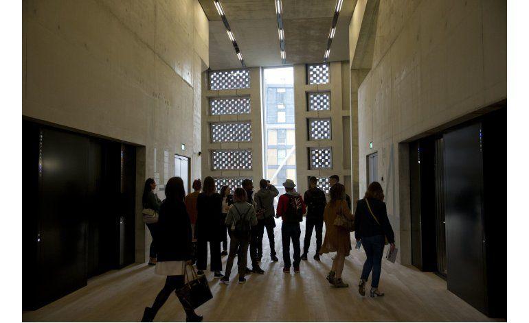 El Tate Modern se expande con una torre en forma de pirámide