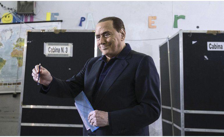 Ex premier italiano Berlusconi, operado del corazón