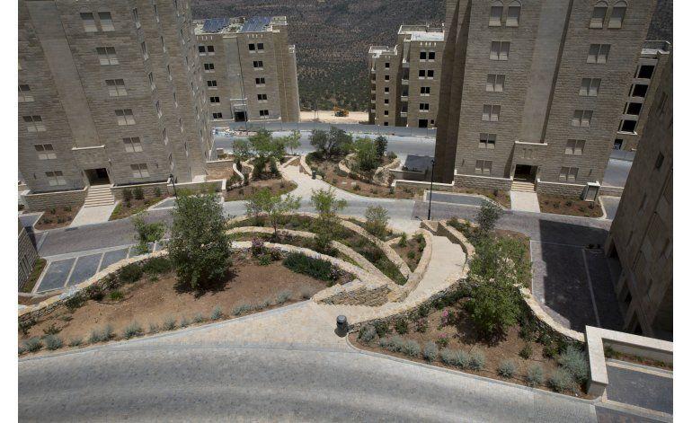 Nace nueva ciudad palestina, parte de sueño de estado propio