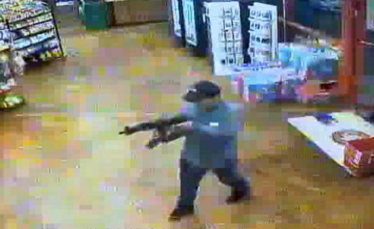 Asaltan con un rifle una gasolinera de Dania Beach