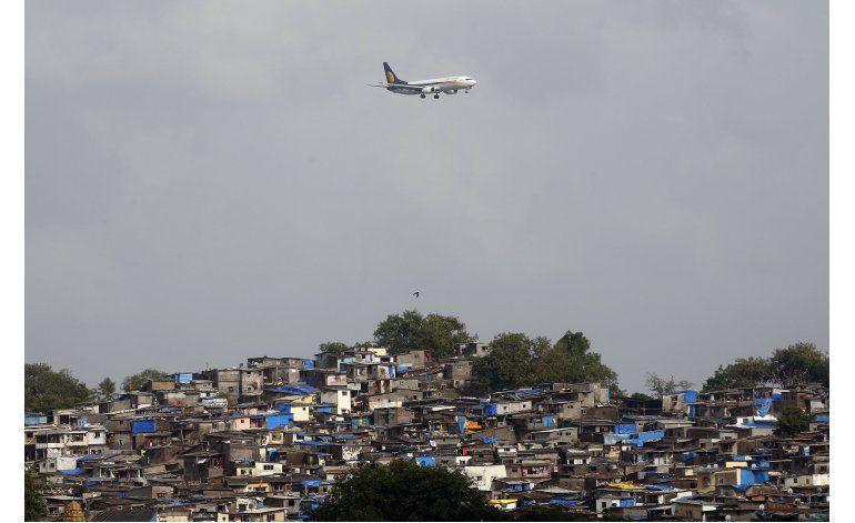 India cambia normas de aviación para mejorar el servicio