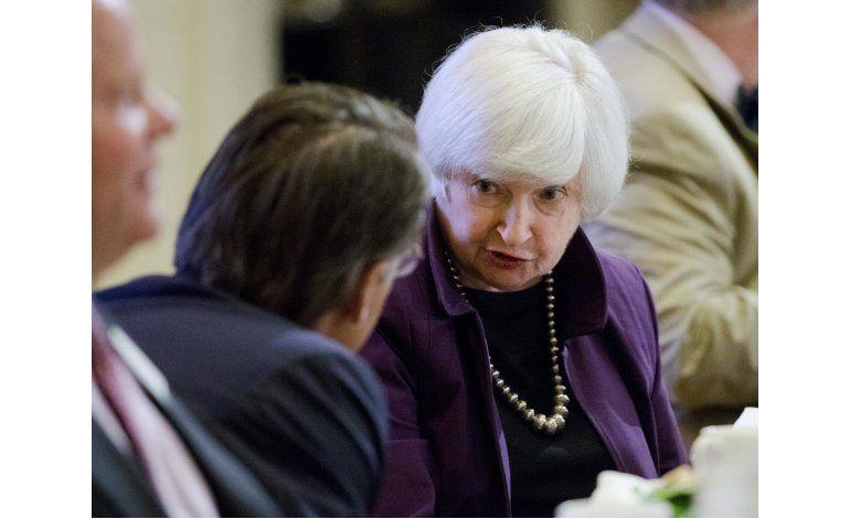 EEUU deja tasas de interés sin variar