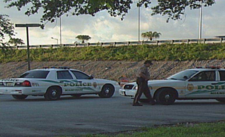 Hombre resultó baleado al tratar de escapar de la policía