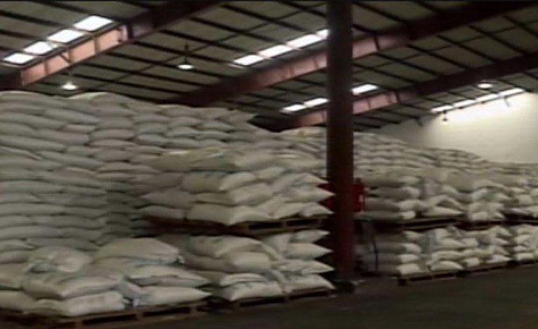 20 000 toneladas de arroz se están destruyendo por falta de transporte en el puerto de la Habana