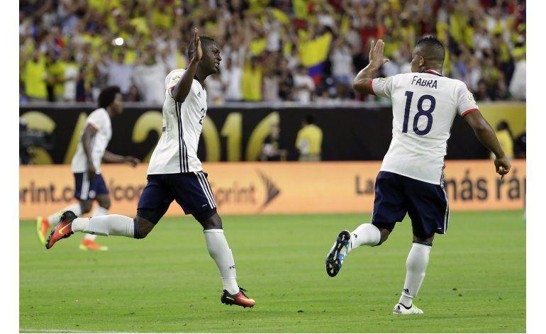 Colombia enfrenta a Perú por boleto a semis
