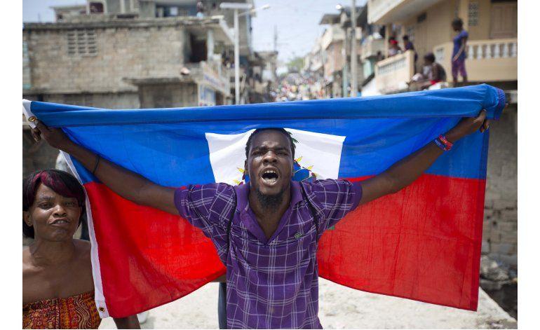 EEUU reconoce por ahora a presidente interino de Haití