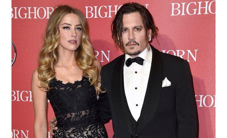Orden de restricción contra Johnny Depp seguirá vigente