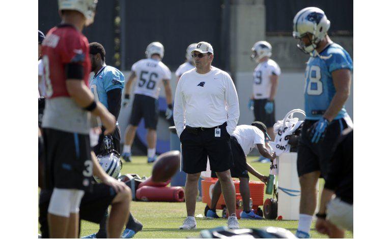 Panthers extienden un año el contrato de Ron Rivera