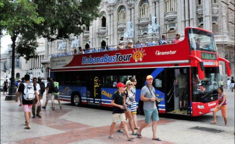 En marcha proyecto de ley que liberaría turismo estadounidense a Cuba