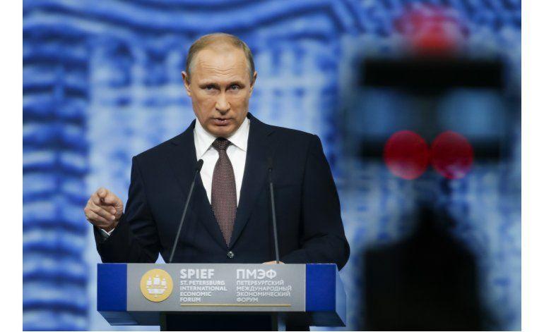 Putin pide mejora lazos económicos con UE pese a sanciones