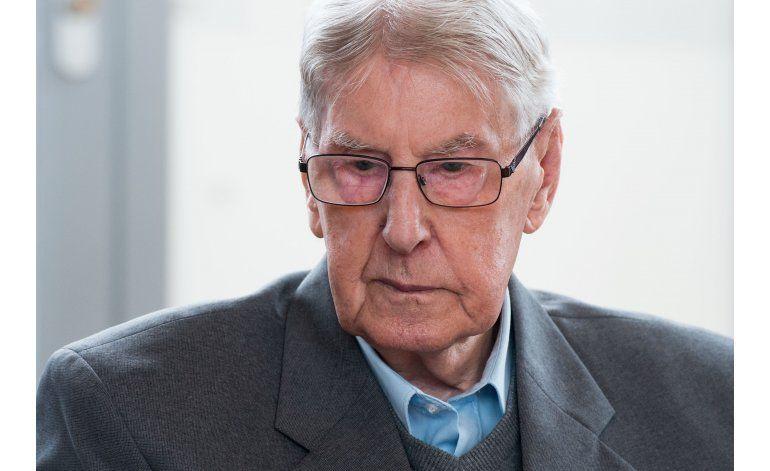 Prisión para ex guardia de Auschwitz de 94 años