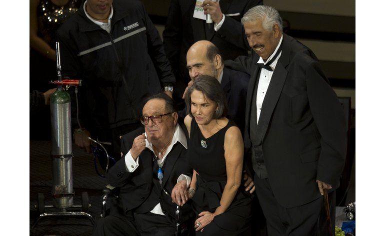 Fallece actor mexicano Rubén Aguirre, Profesor Jirafales