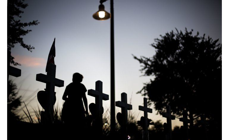 Organización LGBT pide medidas contra violencia con armas