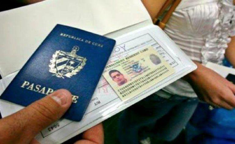 El calvario de los cubanos deportados al volver a la isla