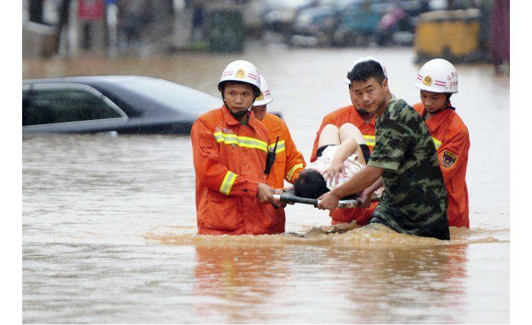 Inundaciones dejan 25 muertos y 33.000 desplazados en China
