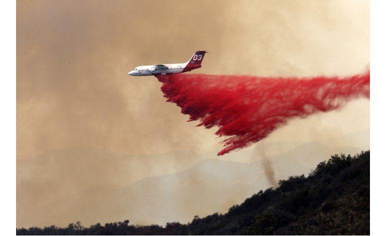 Avanza combate a incendios forestales en oeste de EEUU