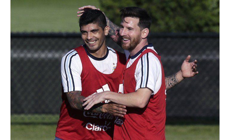 Messi: Feliz por estar al lado del Bati