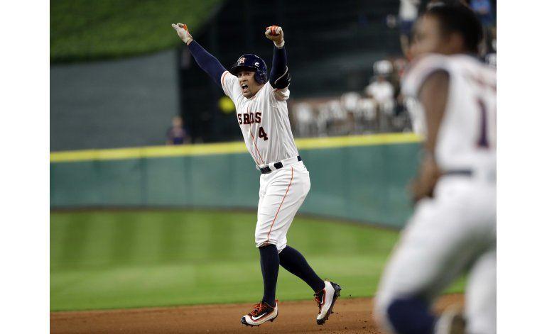 Springer le da el triunfo a los Astros en 11 entradas