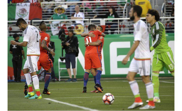 Chile humilla a México, pasa a semifinales de Copa América