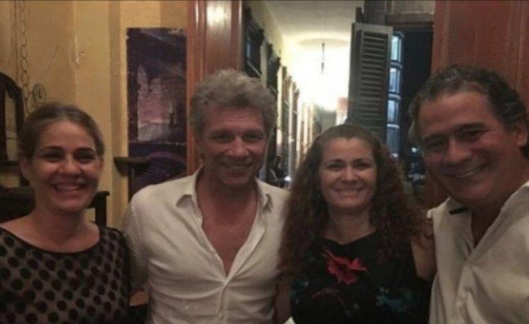 Bon Jovi se apunta en la lista de famosos que visitaron Cuba