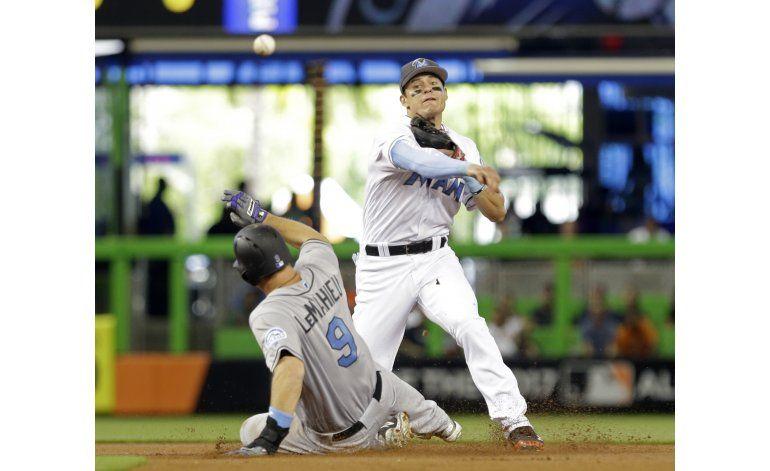 Koehler lanza 6 innings en blanqueada de Miami sobre Rockies