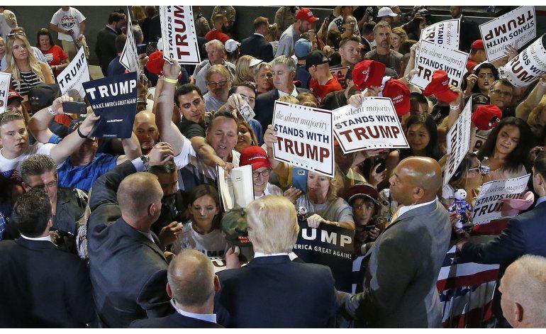 Trump reitera su propuesta de etiquetar a musulmanes
