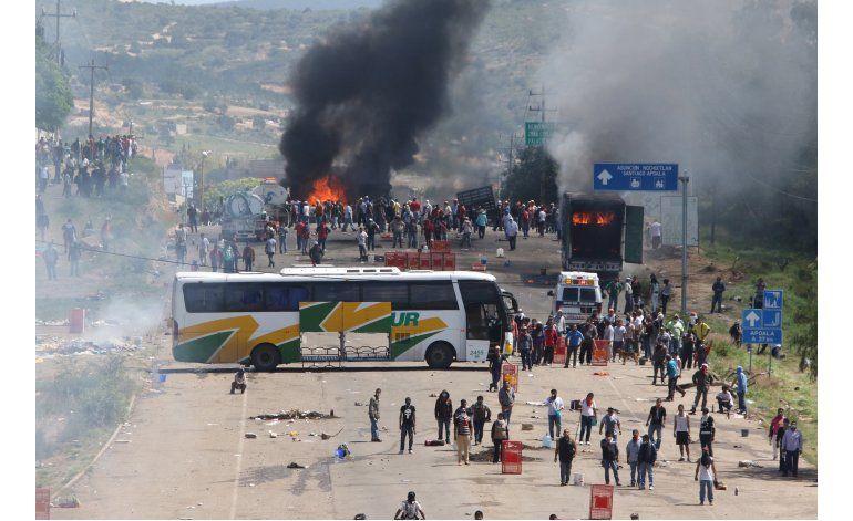 México: Seis muertos en choques entre maestros y policías