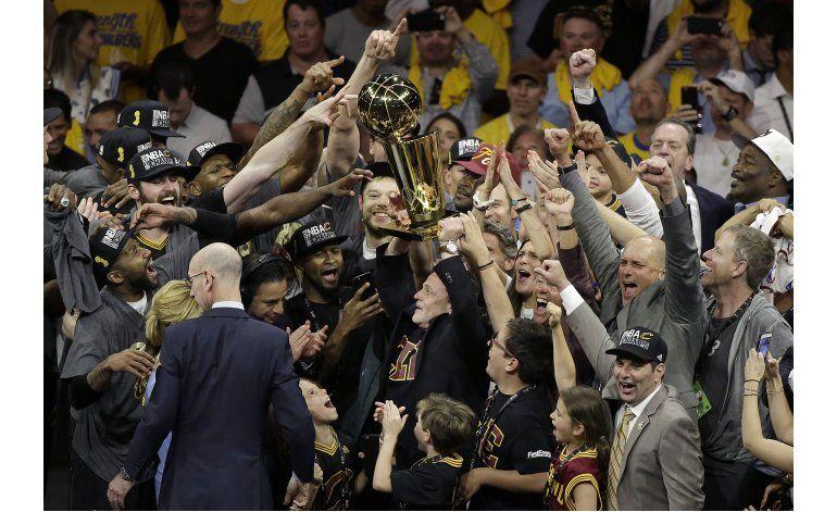 Cavaliers hacen parada en Las Vegas rumbo a Cleveland