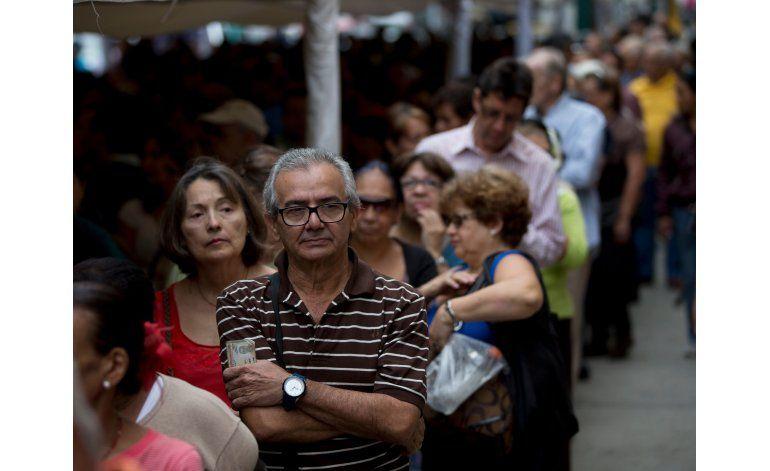 Oposición arranca etapa crucial para referendo contra Maduro