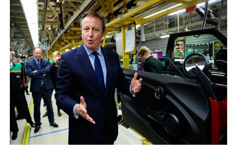 Libra y bolsas suben ante posible permanencia británica