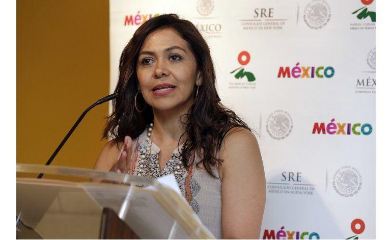 Puebla paga viaje de poblanos a EEUU para que vean hijos