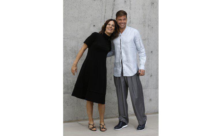Milán: Ricky Martin en 1ra fila para show de Armani