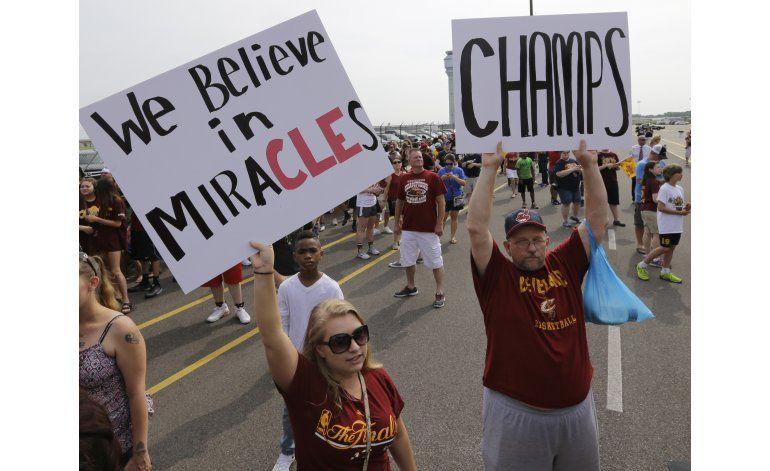 LeBron y Cavs se preparan para desfile