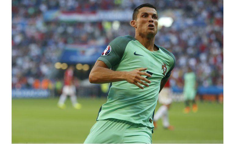 Cristiano Ronaldo resucita a Portugal