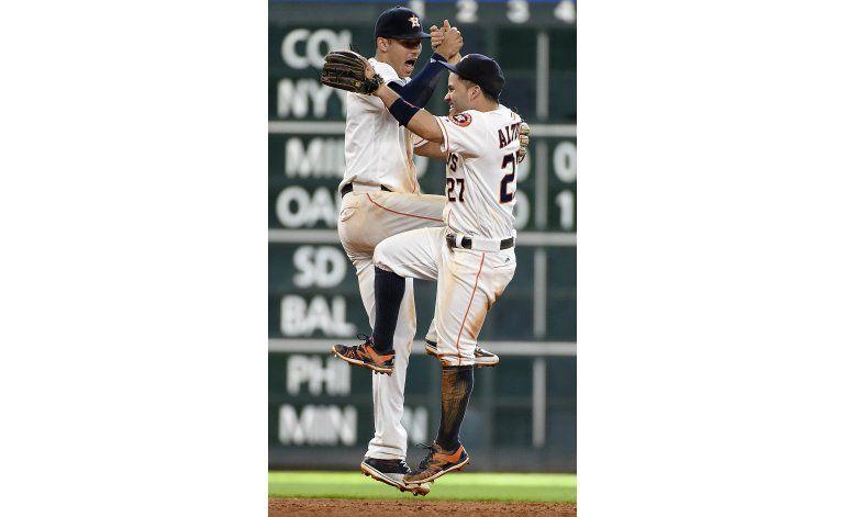 Venezolanos Altuve y Gonzalez brillan en triunfo de Astros