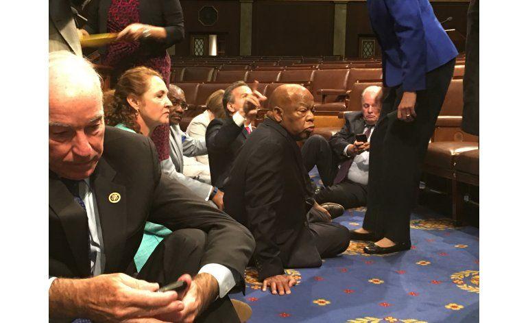EEUU: Usan redes sociales para cubrir protesta en Congreso