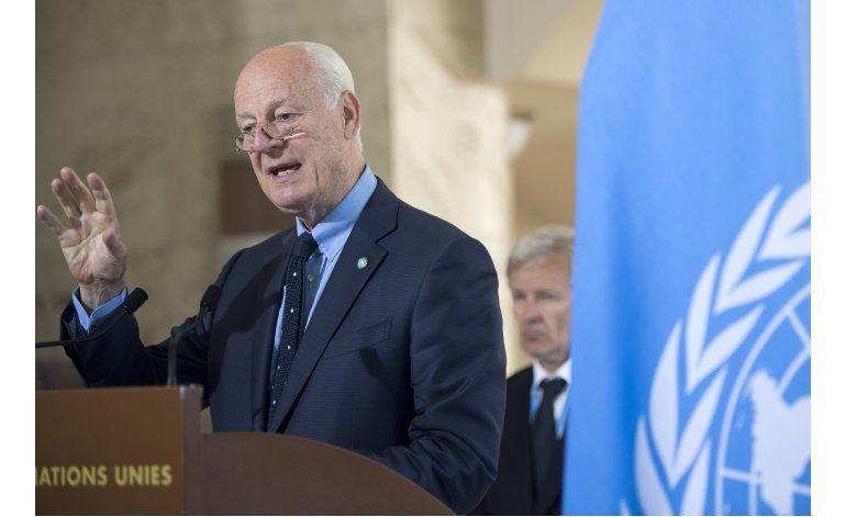 Fuerzas apoyadas por EEUU entran a bastión del EI en Siria