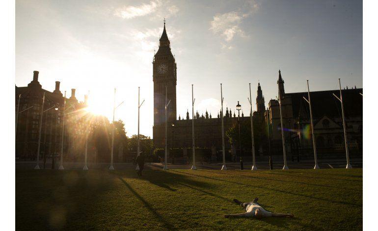 Británicos celebran y lamentan la votación sobre salida UE
