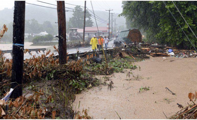 Inundaciones en West Virginia dejan 23 muertos