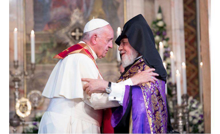 El papa orará por víctimas de genocidio armenio